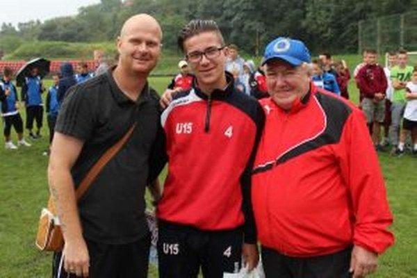 Daniel Valach (vľavo) počas nedávneho turnaja o pohár Tomáša Ďubeka