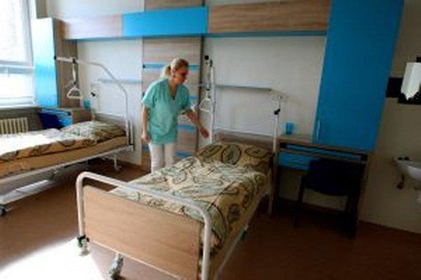 Zmodernizované priestory má oddnes aj chirurgia. Prví pacienti v nich budú už zajtra.