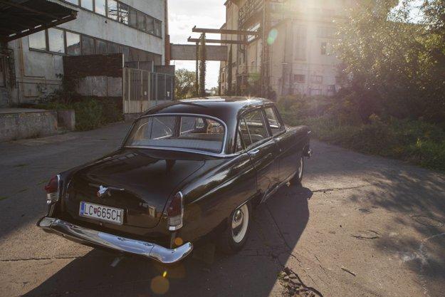Pri renovácii zachovali pôvodný vzhľad auta.
