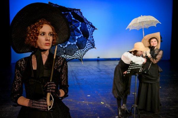 Táňa Pauhofová ako Sissi v novej inscenácii Činohry SND.