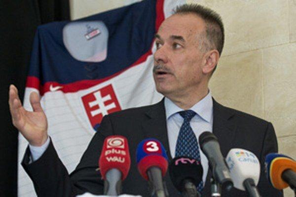 Súčasný prezident SZĽH Igor Nemeček.
