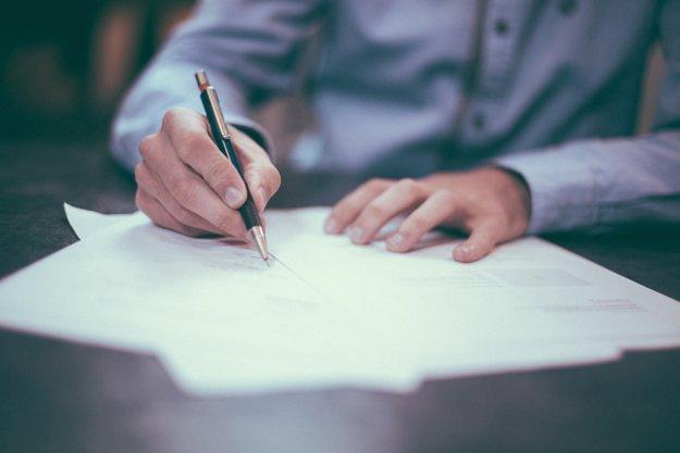 pred podpisom žiadosti o hypotéku sa dôkladne infomujte
