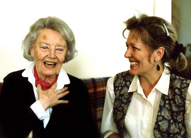 Lída Baarová v roku 1995 s Helenou Třeštíkovou.