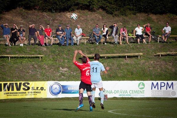 Diváci v Oravskej Porube sa môžu tešiť na krajský futbal.