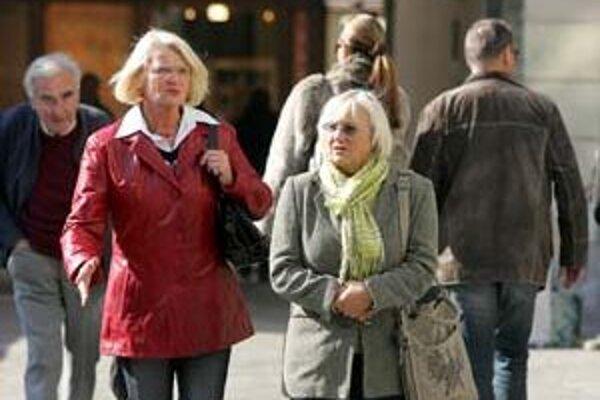 Sporiteľom, ktorí doručia do Sociálnej poisťovne vyhlásenie, že nechcú byť v druhom pilieri, zanikne zmluva o starobnom dôchodkovom sporení od 1. januára.