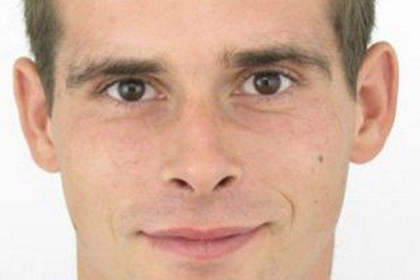 Dvadsaťpäťročného Petra Trojáka obvinili z prečinov krádeže a porušovania domovej slobody.