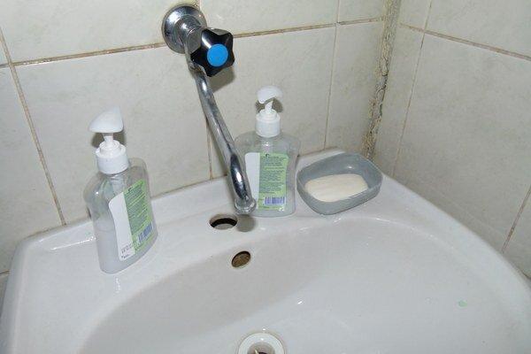 Základom prevencie je nielen umývanie si rúk, ale hlavne dezinfekcia prostriedkami.
