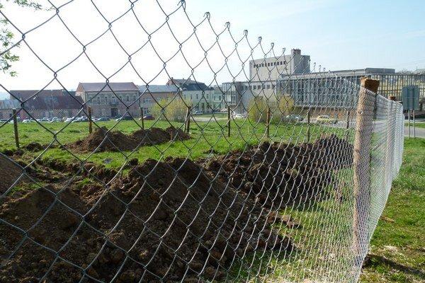 Mesto začalo rokovania o ukončení zmluvy.
