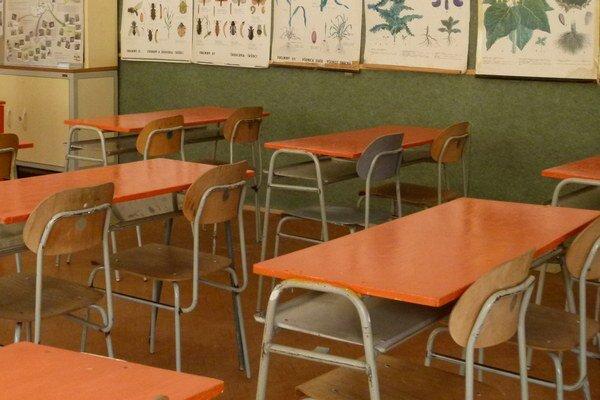 Na stredné školy v Levickom okrese nastupuje od septembra približne 851 prvákov.