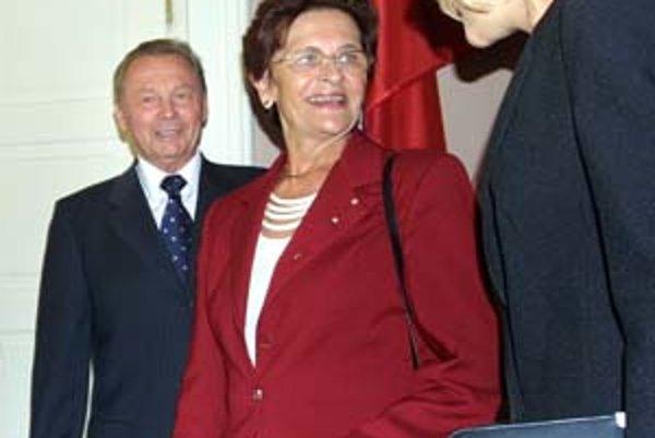 Publicita manželke Rudolfa Schustera nevyhovovala, najlepšie sa cítila v kruhu rodiny.