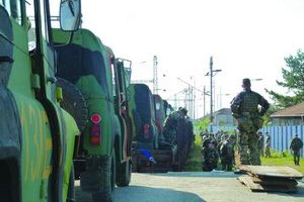 Vojaci odchádzali z Levíc v septembri, minulý týždeň sa vrátili.