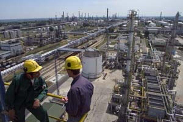 Trh s ropou prekonáva rekordy. Cena ropy sa blíži k 110 dolárom
