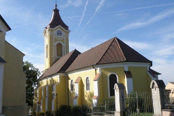 Kostol Najsvätejšieho srdca Ježišovho v Holíči.