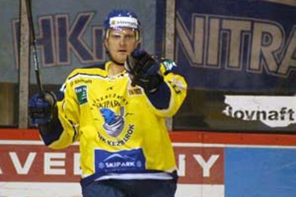 Útočník Kežmarku Michal Paľovčík sa už v 2. minúte zápasu v Nitre tešil z gólu v domácej bránke, ale v samostatných nájazdoch neuspel a hostia nakoniec odišli naprázdno.