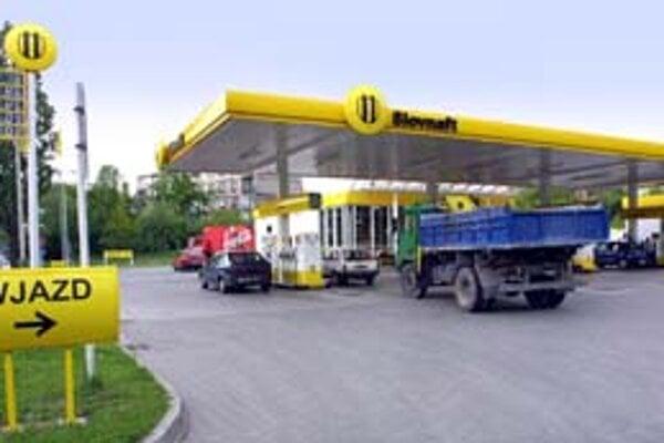 OMV odmietol komentovať, či po fúzii s MOLom spojí svoje aktivity na Slovensku s rafinériou Slovnaft. Tá je vo vlastníctve MOL–u.