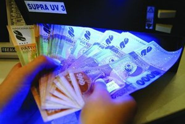 Prechod na euro môže znamenať príležitosť pre tých, čo prepierajú špinavé peniaze.