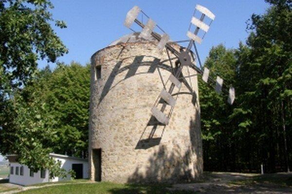Veterný mlyn v Holíči je jediným svojho druhu u nás.