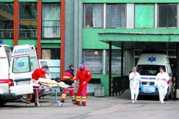 Súkromné zdravotné poisťovne už tiež avizovali, že s niektorými nemocnicami zmluvy neuzatvoria.