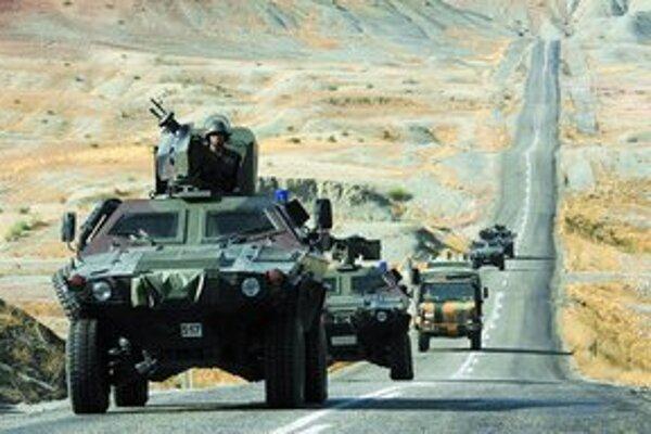 Operácia tureckých vojakov proti kurdským separatistom má trvať 15 dní.