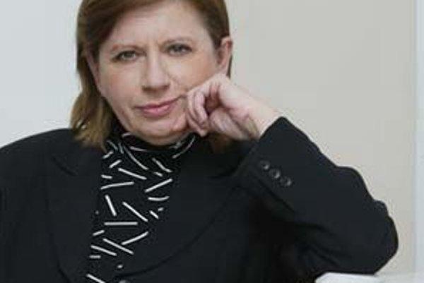 Zuzana Kronerová (1952) - dcéra významného slovenského herca Jozefa Kronera, vyštudovala herectvo na VŠMU v Bratislave. V roku 1974 nastúpila do Divadla pre deti a mládež v Trnave, neskôr pôsobila na bratislavskej Novej Scéne a v SND. Od založenia Divadla