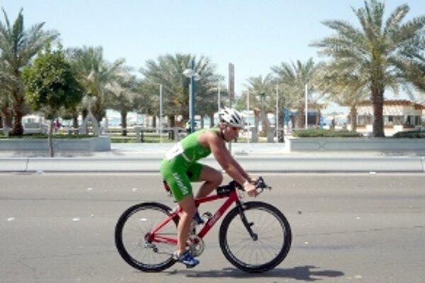 Andrea Dermeková sa preháňala na bicykli tam, kde aj jazdci Formule 1.