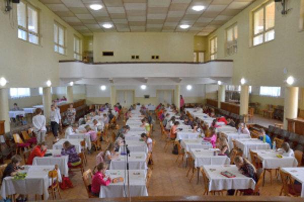 Desiatky detí si v Hlbokom zmerali sily v ovládaní slovenčiny.