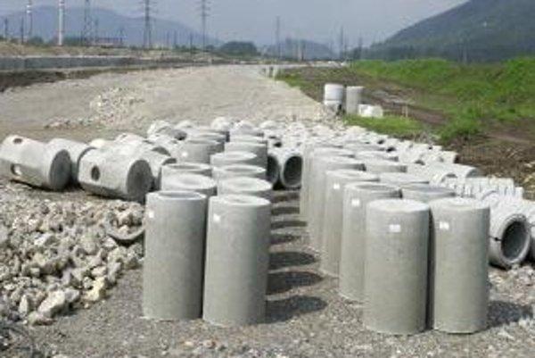 V Malackách sa prepadla kanalizácia.