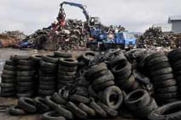 Staré pneumatiky chcú spracovávať v Senici.