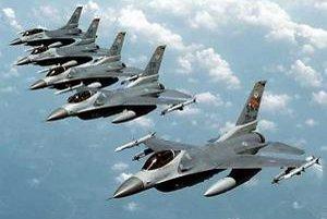 Stíhacie lietadlá F-16.