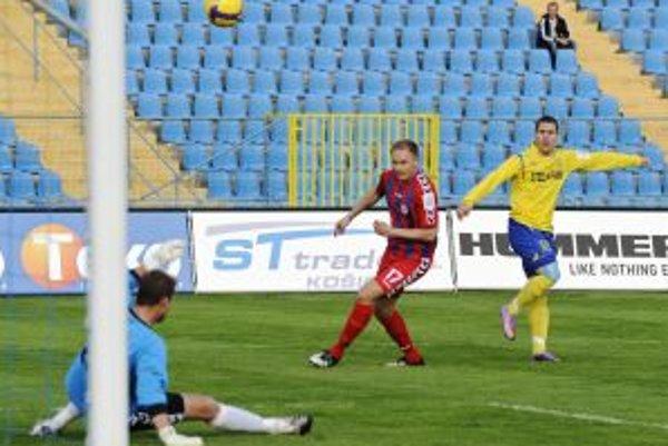 Senica dostala v Košiciach dva góly a nijaký nedala.