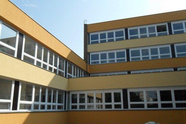 Nový výzor školy.
