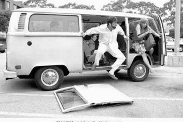 V predoscarovej naháňačke nemohol uniknúť pozornosti film Malá Miss Sunshine. Žltý volkswagen hlavných hrdinov brázdil po celej Amerike.