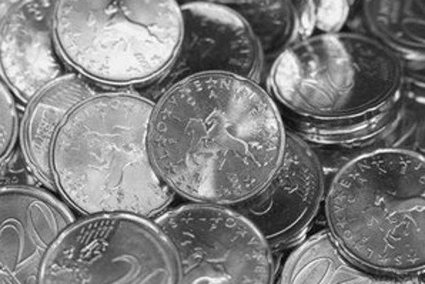 Ako národný motív 20–centovej euromince si Slovinci zvolili lipicanského koňa.