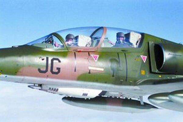 Spoločnosť Aero Vodochody v minulosti uzavrela zmluvu na opravu cvičných vojenských lietadel L-59 s tuniským ministerstvom.
