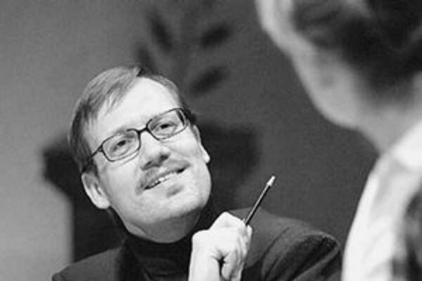K najnovším premiéram v činohre Národného divadla patrí Arkádie. Na snímke David Matásek.