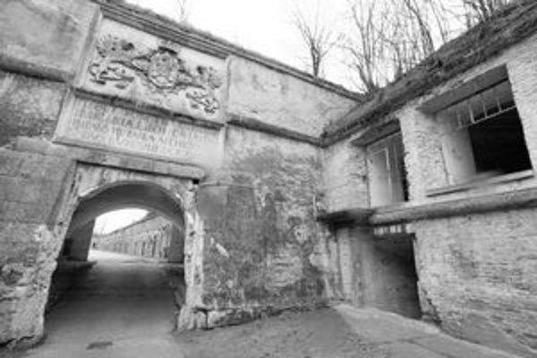 Vchod do najstaršej časti pevnostného systému v Komárne. Začali ho budovať v 16. storočí na mieste stredovekého hradu.