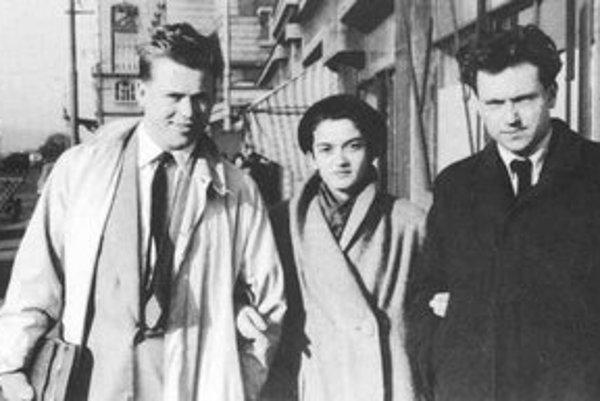 Tri vychádzajúce básnické hviezdy 50. rokov – Václav Havel, Marie Louisa Langerová a Jan Zábrana.