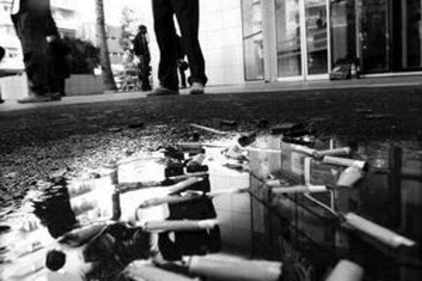 Vzdať sa cigarety na zástavke či v bare je pre mnohých fajčiarov nepredstaviteľné.