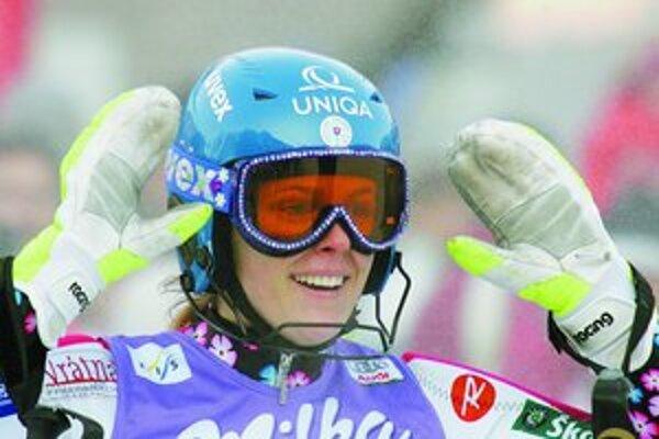 Veronika Velez-Zuzulová.
