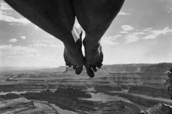 Arno Rafael Minkkinen: Dead Horse Point, USA, 1997.