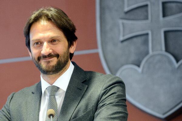 Minister vnútra Robert Kaliňák šéfuje reozrtu už tretie volebné obdobie. Dôvod na jeho výmenu však Smer nevidí.