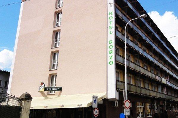Hotel Korzo je tiež mestskou spoločnosťou.