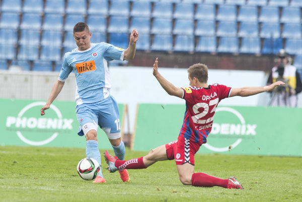 Ešte na jeseň hral Mészáros v Slovane. Odvtedy už mení druhý klub.