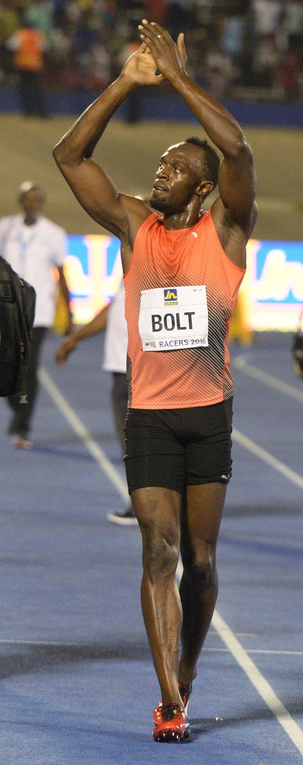 Usain Bolt sa tešil z víťazstva v Kingstone.
