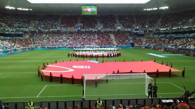 Na miestny štadión budú mať dobré spomienky Walesania. Komu sa bude dariť viac v dueli medzi Rakúskom a Maďarskom?
