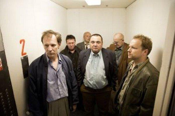 Detektívi z kancelárie 141.