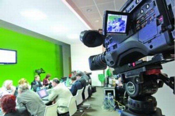 Vplyv na vysielanie mestskej televízie je dôležitý pred každými voľbami.
