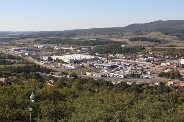 Betonáreň má stáť blízko priemyselnej zóny.