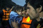 Mnohí z utečencov sú buď chorí ľudia alebo osoby mladšie než 18 rokov.