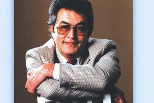 Operný spevák Róbert Szűcs.